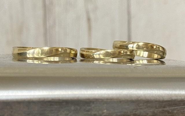 表面が綺麗になった3本の指輪